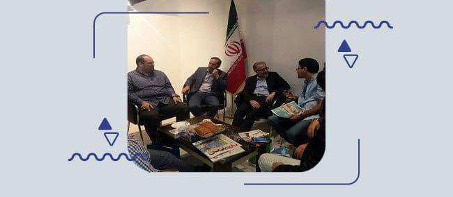 بازدید-آقای-دکتر-علم-الهدی-و-آقای-هاشمی-از-غرفه-همیاب-۲۴-در-ایرانکام