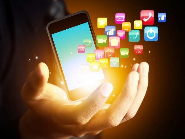 حذف کردن برنامه های مشکوک برای رفع مشکل هنگ کردن گوشی موبایل