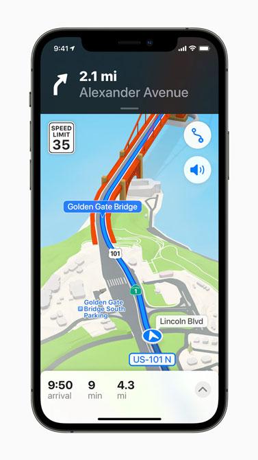 برنامه نقشه در ios15 در گوشی iPhone 12Pro
